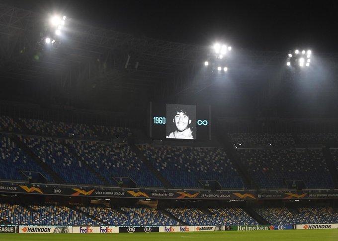 صورة مارادونا تزين ملعب سان باولو