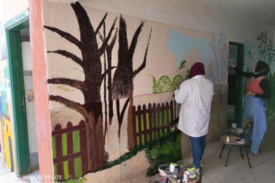 إبداع طلبة كلية التربية النوعية يزين جدران محافظة كفر الشيخ (6)
