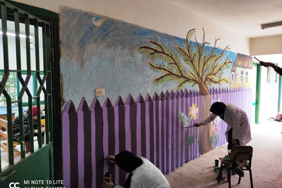 إبداع طلبة كلية التربية النوعية يزين جدران محافظة كفر الشيخ (13)