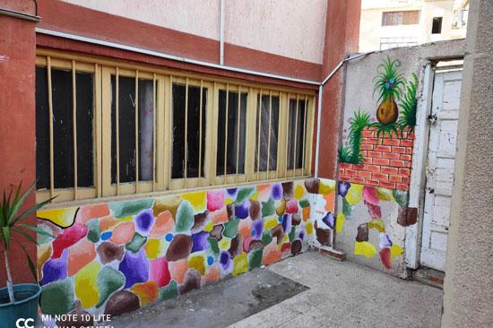 إبداع طلبة كلية التربية النوعية يزين جدران محافظة كفر الشيخ (26)