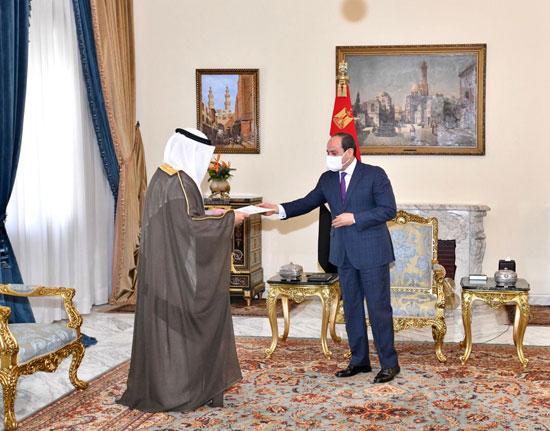 السيسى يتسلم رسالة من أمير الكويت (4)