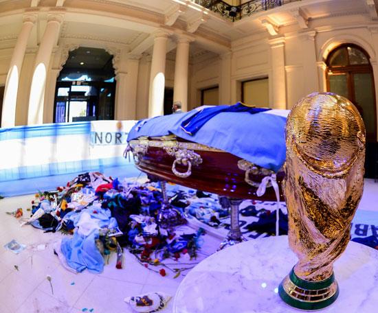 جنازة مارادونا (14)