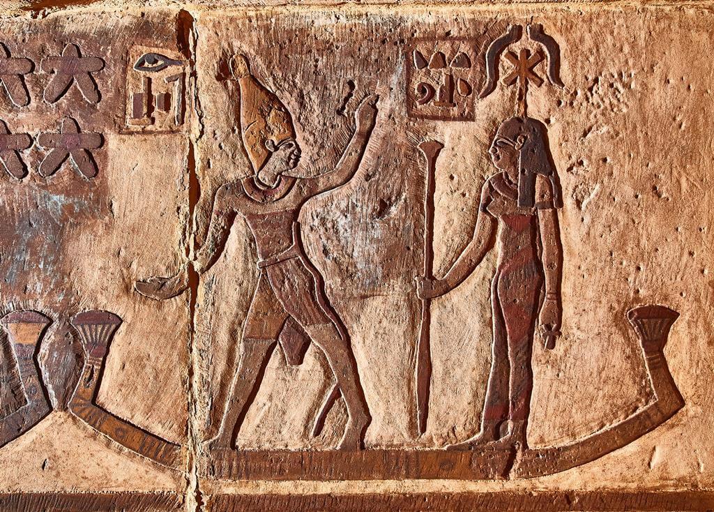 معبد خنوم الفرعونى بمدينة إسنا يشهد أكبر بمشروع قومى  (7)