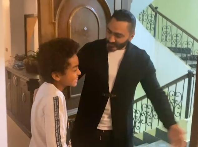 يوسف يستقبل تامر حسني