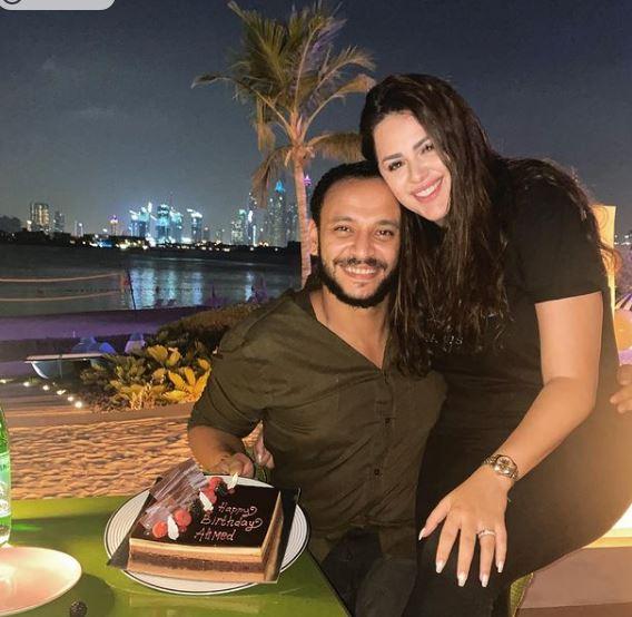 أحمد خالد وهنادي مهنا  في شهر العسل