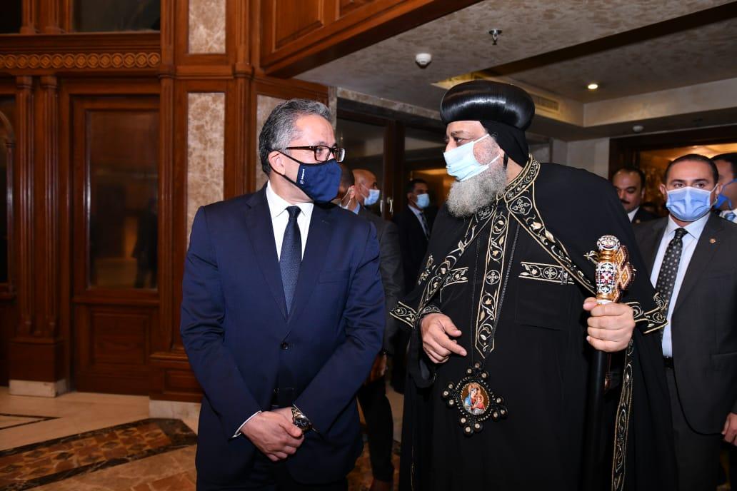 رئيس الوزراء أناب وزيرة الثقافة لحضور الحفل