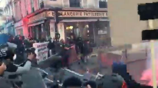 احتجاجات عنيفة في باريس