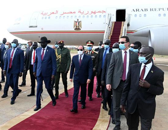 الرئيس عبد الفتاح السيسي وسلفا كير رئيس جنوب السودان (2)