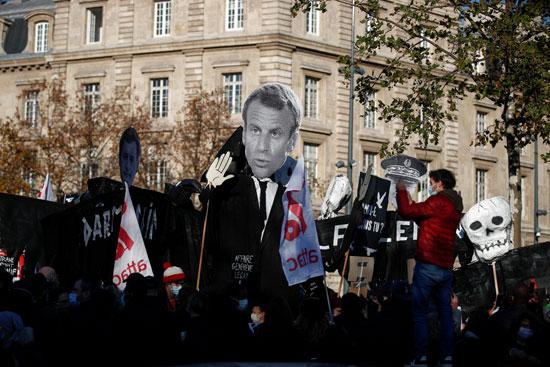 مظاهرات ضد الشرطة وماكرون في فرنسا