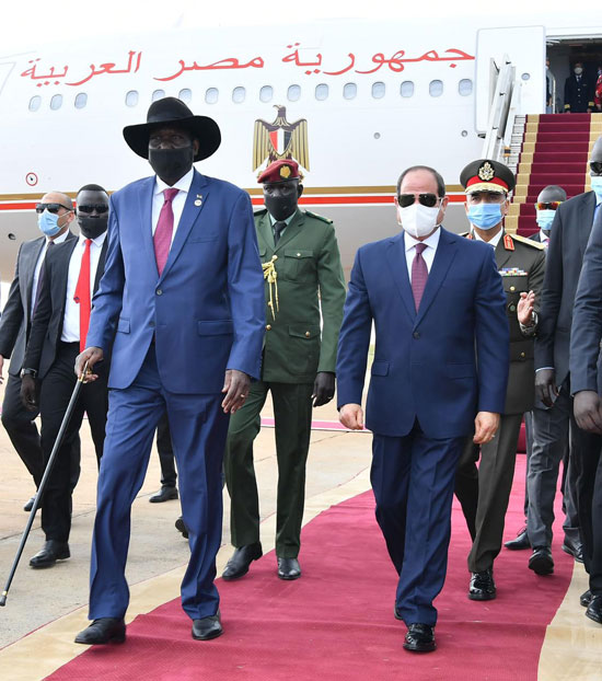 الرئيس عبد الفتاح السيسي وسلفا كير رئيس جنوب السودان (3)