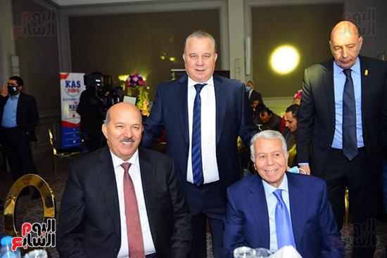 منتدى اللاعبين الدولين والمصرين  (25)