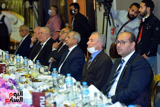 منتدى اللاعبين الدولين والمصرين  (3)