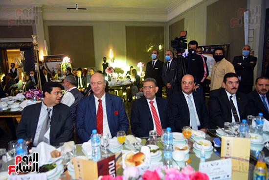 منتدى اللاعبين الدولين والمصرين  (13)