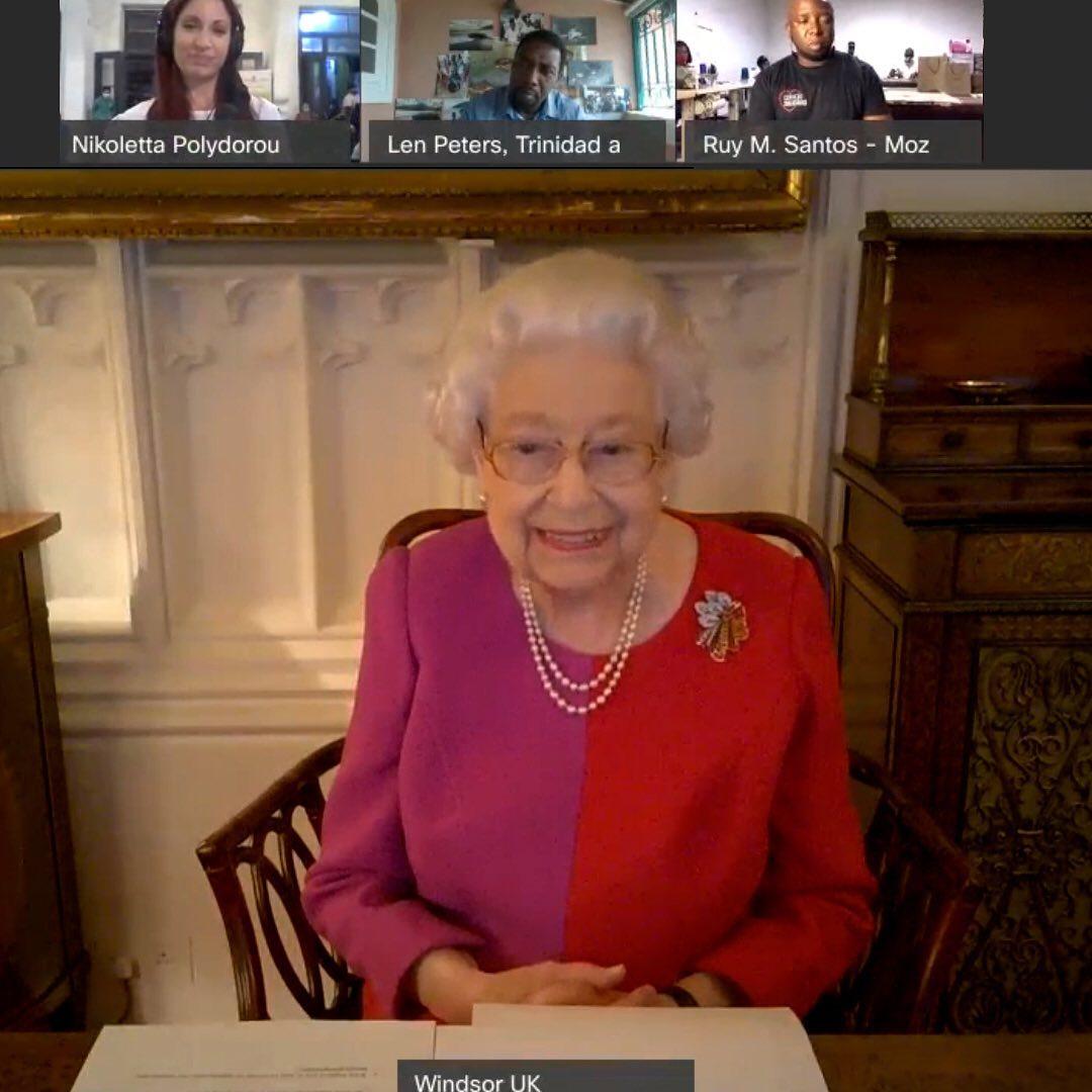 الملكة اليزابيث (1)