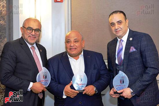 توزيع الجوائز للمنتدى الاول للاعبين الدولين والمصرين  (21)