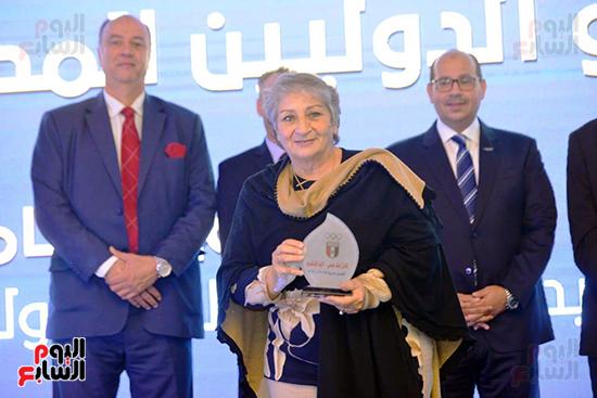 توزيع الجوائز للمنتدى الاول للاعبين الدولين والمصرين  (31)