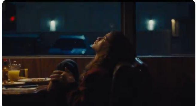 مشهد من مسلسل Euphoria