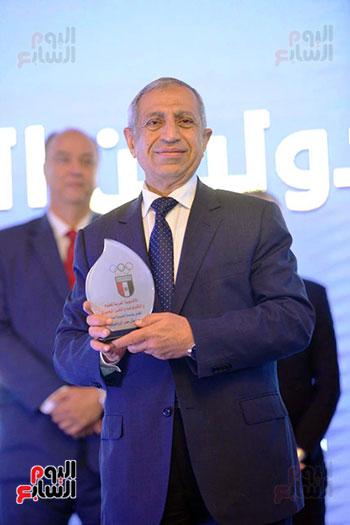 توزيع الجوائز للمنتدى الاول للاعبين الدولين والمصرين  (4)