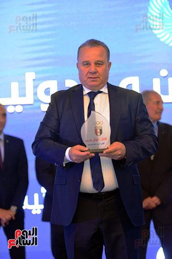 توزيع الجوائز للمنتدى الاول للاعبين الدولين والمصرين  (17)