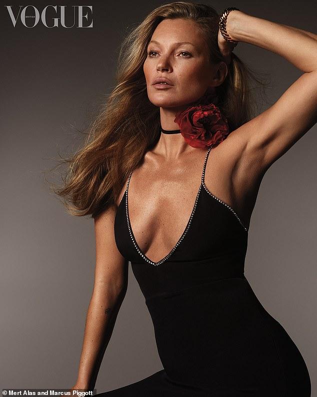 عارضة الأزياء العالمية كيت موس