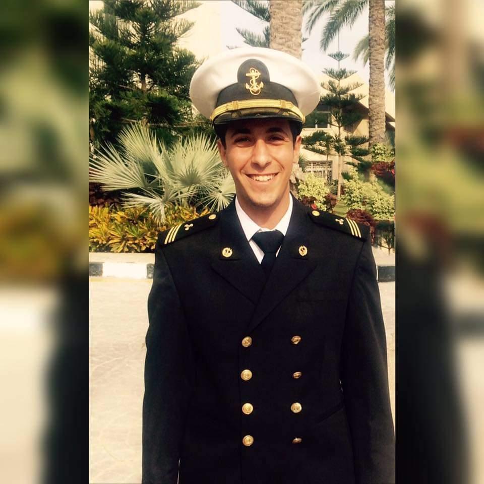 كيرولس سمير ابراهيم مهندس بحري