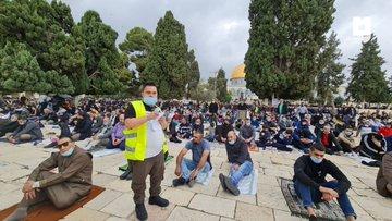 صلاة الجمعة من المسجد الاقصى