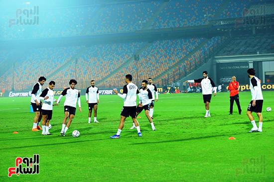 تدريبات المنتخب المصرى (18)