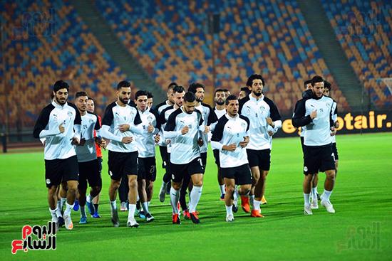 تدريبات المنتخب المصرى (37)