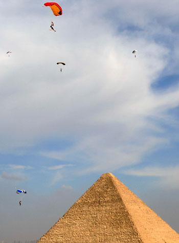 2020-11-08T173907Z_1056623775_RC25ZJ9OCG75_RTRMADP_3_EGYPT-PYRAMIDS