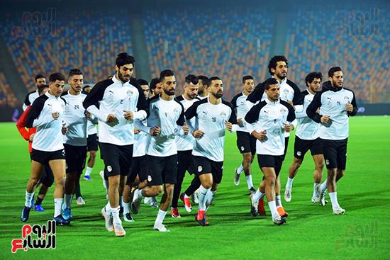 تدريبات المنتخب المصرى (31)
