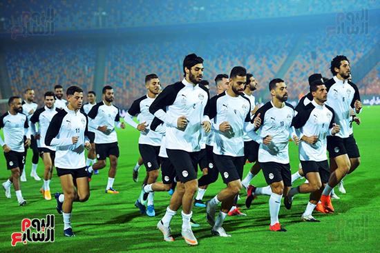 تدريبات المنتخب المصرى (42)