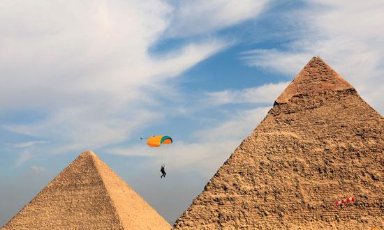 2020-11-08T173923Z_264932212_RC25ZJ9VGUC0_RTRMADP_3_EGYPT-PYRAMIDS