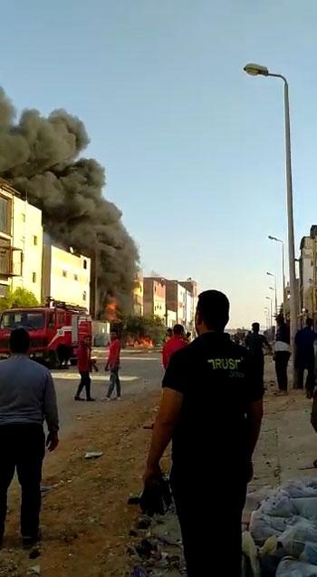 حريق-فى-العاشر-من-رمضان-(6)