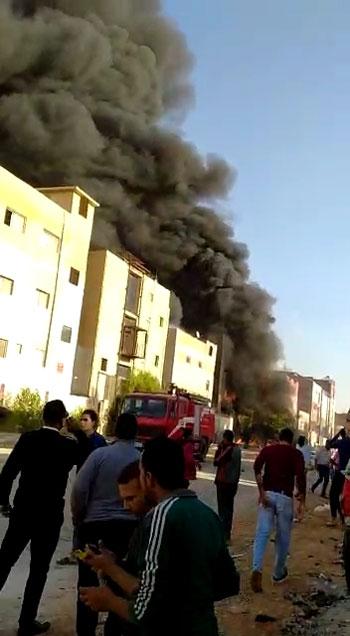 حريق-فى-العاشر-من-رمضان-(4)