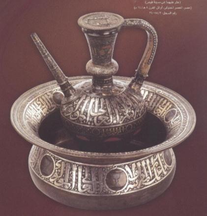 بعض القطع الأثرية التي سيتم عرضها  (6)