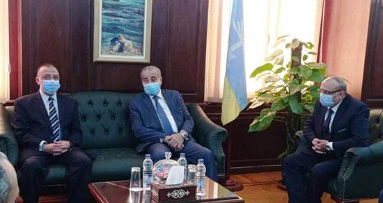 محافظ-الإسكندرية-يستقبل-وزير-التموين-(2)