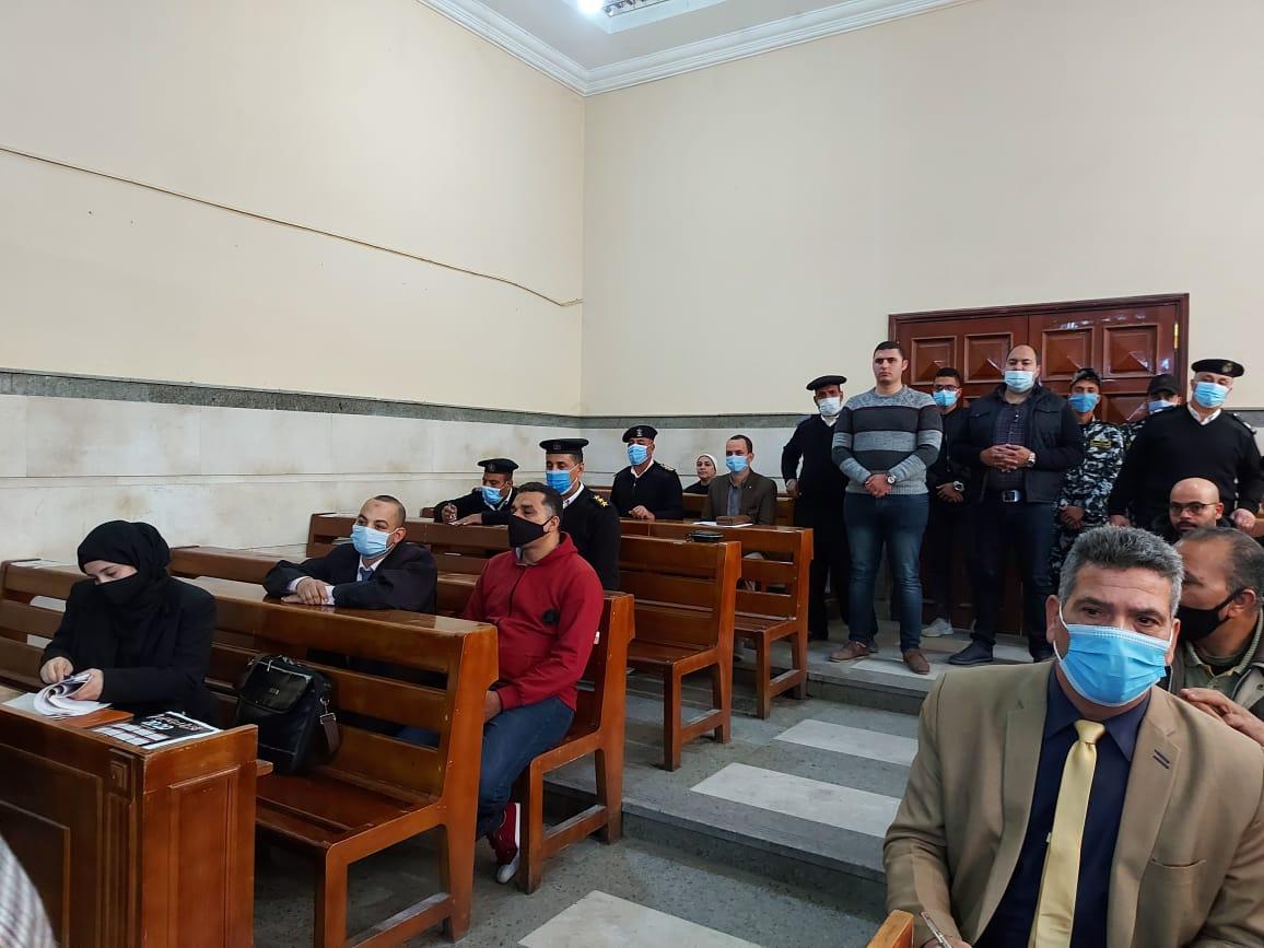 الحضور بالمحكمة