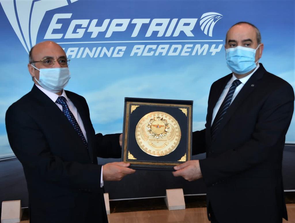 وزيرا العدل والطيران يفتتحان الدورة التدريبية (3)