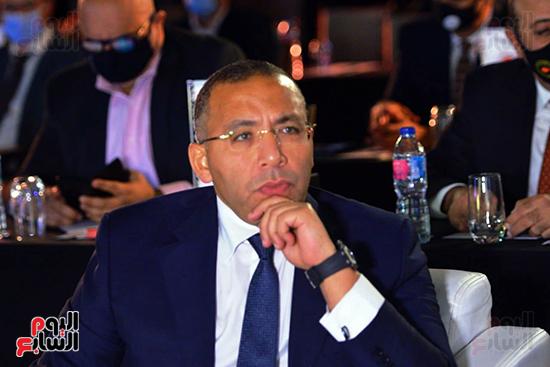الجلسة الثانية بـقمة مصر الاقتصادية (58)