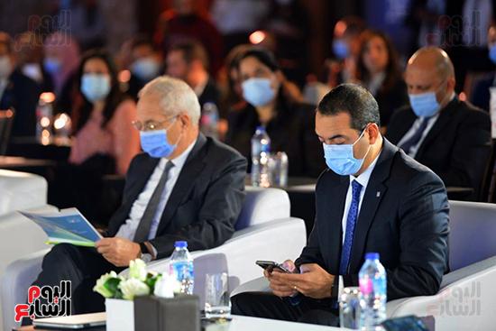 مؤتمر القمة الاقتصادية (34)