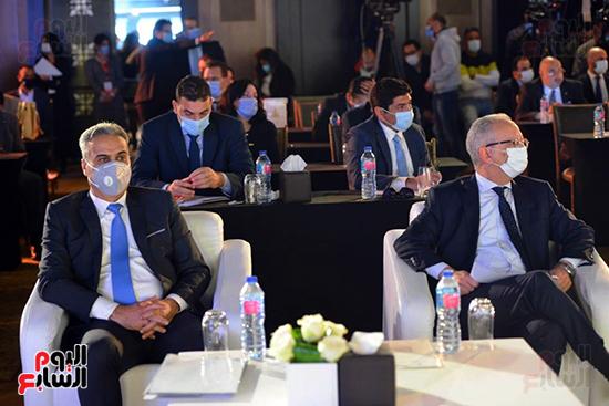 الجلسة الثانية بـقمة مصر الاقتصادية (20)