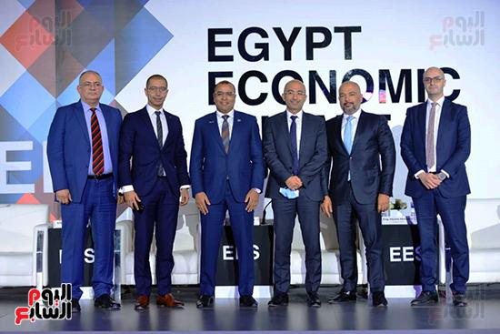 جلسات المؤتمر الاقتصادى (1)