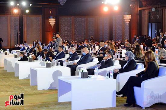 جلسات المؤتمر الاقتصادى (8)