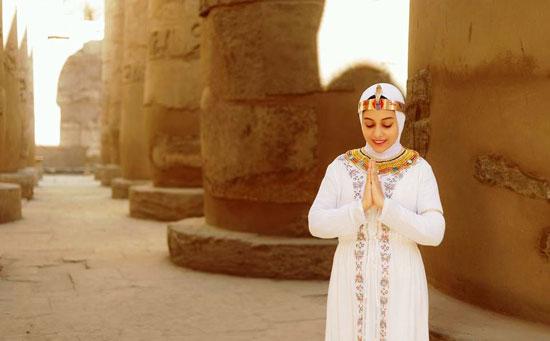 مصور-أقصرى-يرد-على-جلسة-تصوير-سلمى-الشيمى-(7)