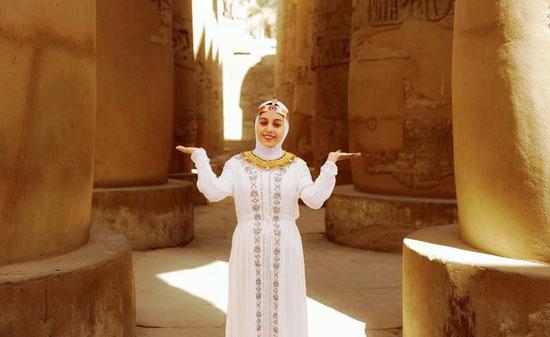 مصور-أقصرى-يرد-على-جلسة-تصوير-سلمى-الشيمى-(9)