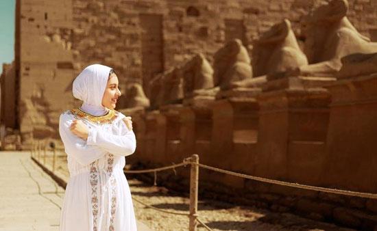 مصور-أقصرى-يرد-على-جلسة-تصوير-سلمى-الشيمى-(5)