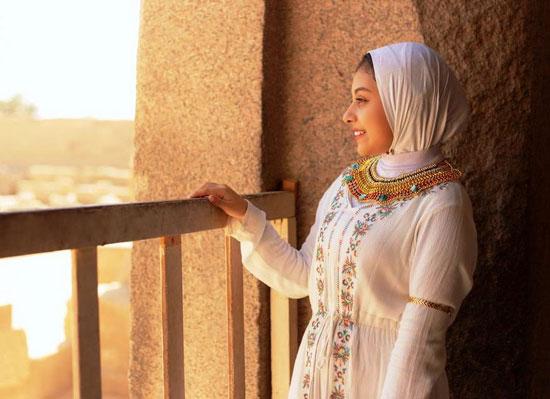 مصور-أقصرى-يرد-على-جلسة-تصوير-سلمى-الشيمى-(6)
