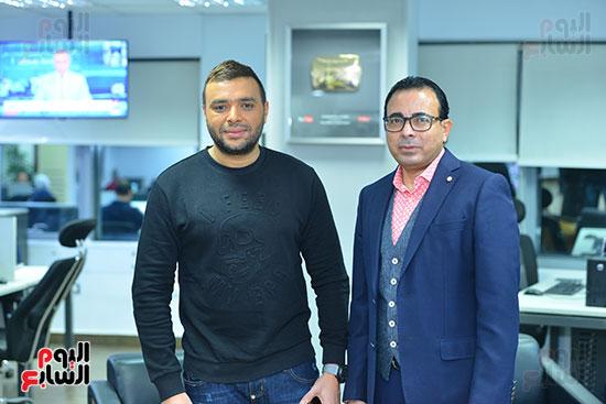 رامى صبرى مع الكاتب الصحفى دندراوى الهوارى رئيس التحرير التنفيذى
