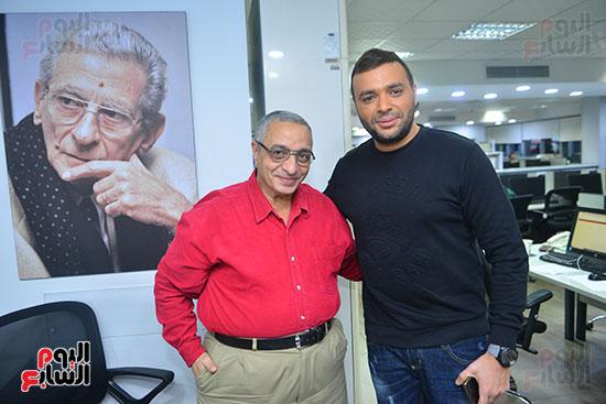 رامى صبرى والزميل سامى وهيب رئيس قسم التصوير