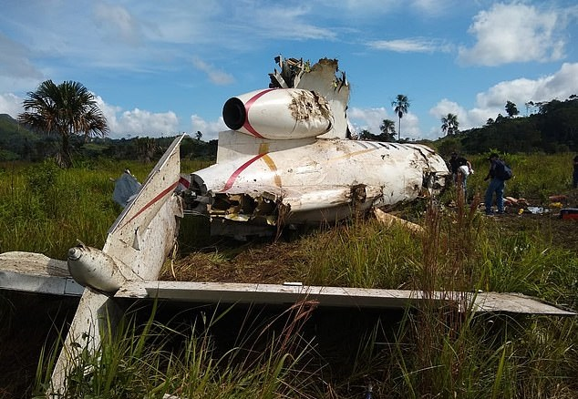 A plane crash reveals the smuggling of cocaine with 16 million dollars in Guatemala ... Photos (1)